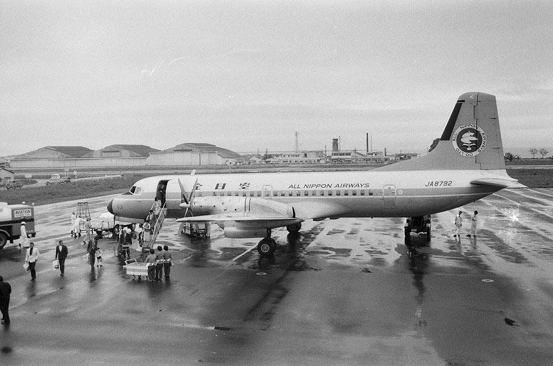 大村空港の飛行機
