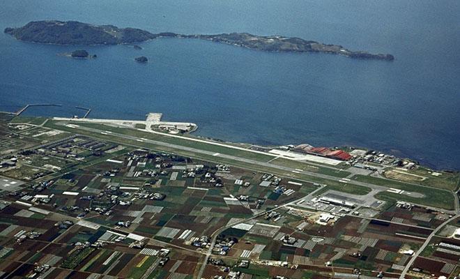 旧大村空港と着工前の箕島